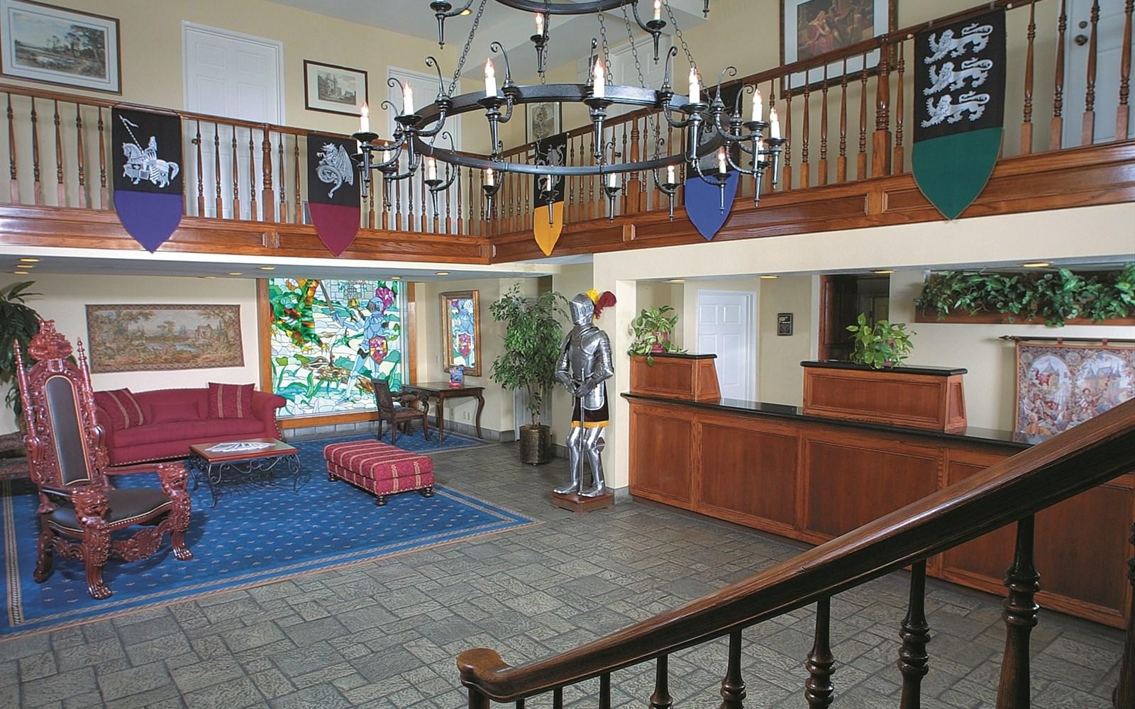 Castle Inn and Suites Lobby